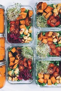 Diet Meal Plans These 30 Vegan Meal-Prep Ideas Make Healthy Eating Look So Frickin' Good - Here's some inspiration for delicious, satisfying, plant-based meal prep. Vegetarian Meal Prep, Vegan Meal Plans, Healthy Meal Prep, Diet Meal Plans, Vegetarian Recipes, Meal Prep For Vegetarians, Vegan Athlete Meal Plan, Fitness Meal Prep, Healthy Nutrition