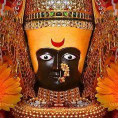 Durga Images, Lakshmi Images, Indian Goddess, Goddess Lakshmi, Hindu Deities, Hinduism, Mahakal Shiva, Krishna, Gayatri Devi