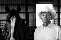See Jeremy Enlow's photographs of legendary #cowboy Wes O'Neal on the Cowboys of the Waggoner Ranch #blog .