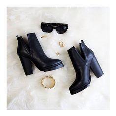 | Golden Details | #lavishalice #billskinner #fashion #style #ootd #ootn #bloggers #fbloggers