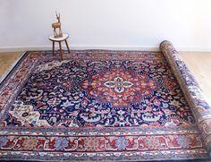 Handgeknoopt blauw/rood Perzisch tapijt. Vintage wollen kleed | Kleden en dekens | Flat Sheep