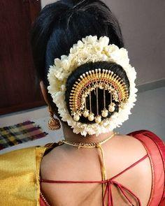 Janani opted for bun hairdo 😍😍 For bridal enquries reach us at 9566031245 Bridal Indian Bun Hairstyles, South Indian Wedding Hairstyles, Elegant Hairstyles, Diy Hairstyles, Hairdos, Wedding Reception Hairstyles, Wedding Bun Hairstyles, Henna Designs, Prince Héritier