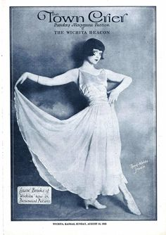 HOLLYWOOD GIRL LOUISE BROOKS GRACES THE AUGUST 16, 1925 COVER OF HER HOWNTOWN'S THE TOWN CRIER - THE SUNDAY MAGAZINE SECTION OF THE WICHITA BEACON