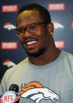 Von Miller is planning to have a fowl offseason. (Sorry). (AP) - Von starts his own poutry business, Miller Farms.