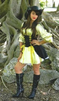 Pirate Wench – Adult Costume is a peasant top dress with attached black  velvet under bodice and ... f3ece6e38643