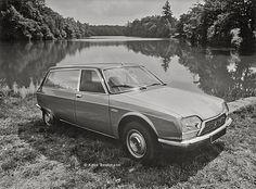 ... this was the press photo of the Citroën GS Birotor Service vitrée . Copyright Koen Beekmann.