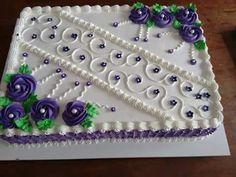 Dort • krémový fialovo bílý Cake Icing, Buttercream Cake, Cupcake Cakes, Cake Decorating Piping, Cookie Decorating, Cake Boarders, Sheet Cakes Decorated, Cake Design For Men, Sheet Cake Designs