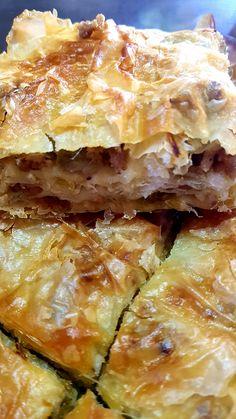 Κιμαδόπιτα με πράσο – H Aπόλαυση Tης Βρώσης Spanakopita, Lasagna, Food And Drink, Ethnic Recipes, Lasagne