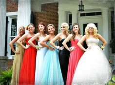 Prom pic with ya girls!