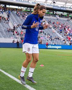 Female Soccer Players, Usa Soccer Team, Soccer Tips, Nike Soccer, Team Usa, Soccer Cleats, Carli Lloyd, Alex Morgan Soccer, Tobin Heath
