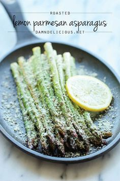Lemon Parmesan Asparagus - A quick and easy side dish with fresh lemon juice, garlic and Parmesan goodness, made with just 5 min prep - from Damn Delicious Side Dish Recipes, Vegetable Recipes, Vegetarian Recipes, Cooking Recipes, Healthy Recipes, Parmesan Asparagus, Asparagus Recipe, Fried Asparagus, Lemon Asparagus