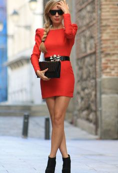 Long Sleeve Dress... Love the outfit for this Christmas, with another belt obviously
