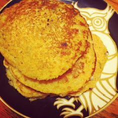 Green Veggie Spirit - Recipes from my heart to you!: Pancakes! (easy, and vegan!)