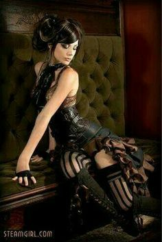 Safari Steampunk Anyone? Steampunk is a rapidly growing subculture of science fiction and fashion. Steampunk Cosplay, Steampunk Mode, Style Steampunk, Gothic Steampunk, Steampunk Clothing, Steampunk Fashion, Gothic Fashion, Steampunk Lingerie, Steampunk Pirate