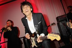Ronnie Wood Indicates Rolling Stones Will Tour in October