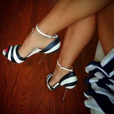 Shoespie Black and White Stripes Metal Heel Dress Sandals