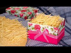 Σπιτικές χυλοπίτες με όλα τα μυστικά της παραδοσιακής τέχνης - YouTube Coconut Flakes, Spaghetti, Tube, Spices, Food And Drink, Health, Recipes, Spice, Health Care