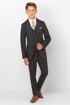 Boys suits, girls dresses and all other childrens formal wear including page boy suits, flower girl dresses, communion wear and more. All available at the UK's largest stockists of childrens formal wear. Boys Dressy Outfits, Outfits Niños, Kids Outfits, Teenage Boy Fashion, Kids Fashion, Fashion Hats, Boys Dress Clothes, Boys Church Clothes, Kids Wedding Suits