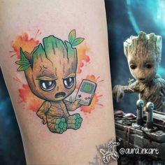 Baby Tattoos, Body Art Tattoos, Girl Tattoos, Small Tattoos, Tattoos For Guys, Baby Marvel, Chibi Marvel, Avengers Tattoo, Marvel Tattoos