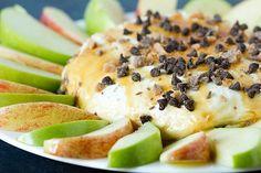 Salted Caramel Apple Cheesecake Dip