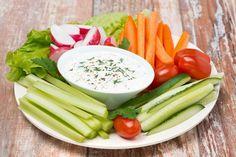 Gemüse-Sticks mit Joghurt-Quark-Dip Gemüse-Sticks mit Joghurt-Quark-Dip The post Gemüse-Sticks mit Joghurt-Quark-Dip appeared first on Himbeeren Rezepte. Easy Snacks, Healthy Snacks, Easy Meals, Healthy Eating, Healthy Recipes, Snacks Recipes, Dieta Fodmap, Fodmap Diet, Low Fodmap