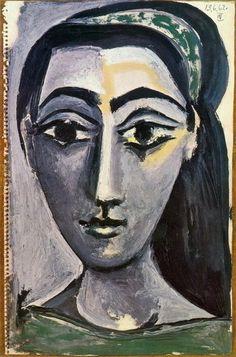 Jacqueline Roque (1927-1986) Toen Picasso haar leerde kennen was ze verkoopster in de eerdergenoemde keramiekwerkplaats, die voor Picasso zijn keramiek vervaardigde. Ze trouwden in 1961. Van Jacqueline maakte Picasso honderden portretten, alleen al in 1962 waren dat er 160. Hun relatie duurde tot de dood van de schilder op 8 april 1973. Ze pleegde in 1986 in Mougins zelfmoord.