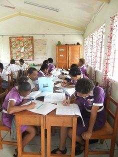 Studying, Fiji| Find opportunities to teach, travel and volunteer with www.frontiergap.com | #education