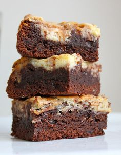 Blondie Brownies, Cheesecake Brownies, Poke Cakes, Cupcake Cakes, Cupcakes, Brownie Bar, Sweet Desserts, Brownie Recipes, Nutella