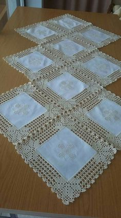 Crochet Doilies Free Pattern Runners Lace Tablecloths 35 Ideas For 2019 - Diy Crafts - hadido Crochet Fabric, Crochet Motifs, Crochet Quilt, Crochet Borders, Crochet Squares, Filet Crochet, Crochet Doilies, Crochet Flowers, Crochet Patterns