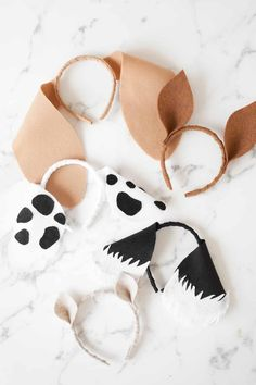 Puppy Party with DIY Birthday Party Decorations - Puppy Party Craft - Party favors Dog Themed Parties, Puppy Birthday Parties, Puppy Party, Dog Birthday, Card Birthday, 30th Birthday, Birthday Party Decorations Diy, Birthday Party Themes, Party Favors