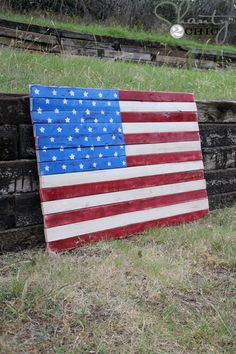 This instructable shows you how to make a hanging American flag from a pallet, It doesn't take too long and isn't too difficult, so enjoy!