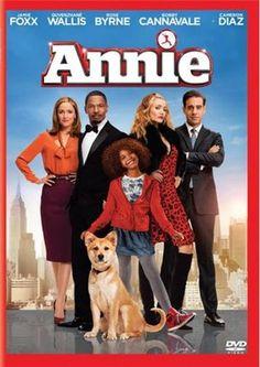 Annie es una pequeña y alegre huérfana lo bastante dura para sobrevivir en las calles de Nueva York. Pero todo cambia cuando el candidato a alcalde de la ciudad, Will Stacks, la acoge como acto de campaña. Stacks cree ser su ángel guardián, pero puede que sea todo lo contrario.