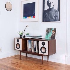 Admiring this HiFi Console by @deptaudio.