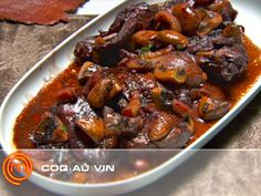 Coq au Vin Master Chef Australia This dish is Delicious, definitely making it… Master Chef, Meat Recipes, Chicken Recipes, Chicken Ideas, Yummy Recipes, Recipies, Canadian Food, Canadian Recipes, Masterchef Recipes