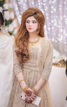 Pakistani Dresses Party, Desi Wedding Dresses, Pakistani Fashion Party Wear, Pakistani Wedding Outfits, Pakistani Bridal Dresses, Afghan Clothes, Afghan Dresses, Asian Bridal Wear, Indian Bridal