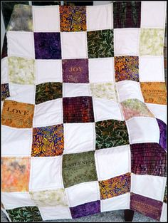 Wedding signature quilt . What a great memory and keepsake. | I ... : wedding signature quilt - Adamdwight.com
