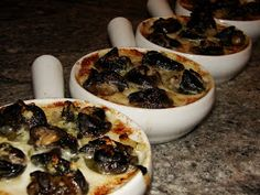 Goodchardonnay: Escargot in compound butter with herbs and chardonnay