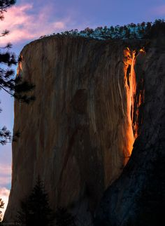 Photographers Capture Yosemite Firefall Phenomenon in California [1464x2000] http://ift.tt/21d78HQ. How to Make your own DIY #Samsung #Galaxy #Case http://ift.tt/1JAekZB