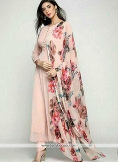 Indian designer suits - Adorable Straight plain Salwar suit with Digital printed dupatta Pakistani Dress Design, Pakistani Outfits, Indian Outfits, Indian Fashion Dresses, Dress Indian Style, Casual Dresses, Dress Outfits, Indian Designer Suits, Designer Salwar Suits