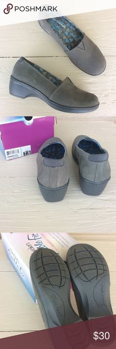"""Skechers Wedges Very comfortable """"flexible fit with memory foam"""" shoe. Gray suede slip on style. True to size.  >Condition: Very good, worn 1x  🚫 No Trades ✅ Discounted Bundles ✅ Reasonable Offers Skechers Shoes Wedges"""
