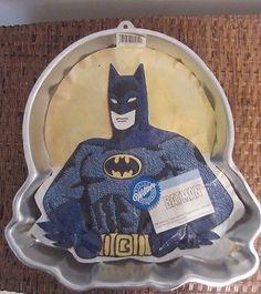 Wilton Super Heroes Batman Superman Cake Pan 5021212 1977 DC