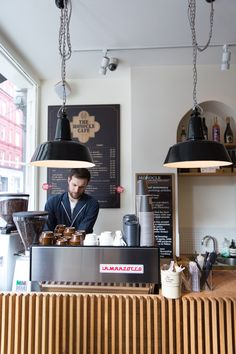 One of my favourite coffee spots in London. Monocle Cafe // London // via One of my favourite coffee spots in London. Monocle Cafe // London // via Best Coffee In London, London Coffee Shop, Restaurant Bar, Restaurant Design, Bistro Interior, Cafe Interior, Coffee Store, Coffee Cafe, Monocle Cafe