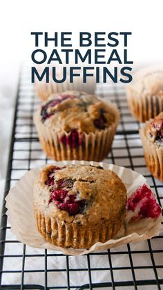 Recipes Snacks Muffins The best oatmeal muffins are s. Recipes Snacks Muffins The best oatmeal muffins are super moist and yumm Raspberry Oatmeal Muffins, Muffins Blueberry, Raspberry Breakfast, Oatmeal With Fruit, Best Oatmeal, Oatmeal Breakfast Muffins, Mixed Berry Muffins, Lemon Muffins, Mini Muffins