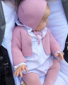 Diy Crafts - Baby Clothing Set: Romper, Collar, Bonnet And Booties Get the look: This complete baby clothing set includes- Romper With Crochet Bodi Baby Outfits, Kids Outfits, Baby Set, Knitting For Kids, Baby Knitting Patterns, Crochet Socks Tutorial, Retro Mode, Baby Bonnets, Stylish Baby