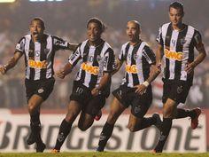 Atlético-MG vence o São Paulo no Morumbi e fica mais perto da vaga na Libertadores http://r7.com/jsu8