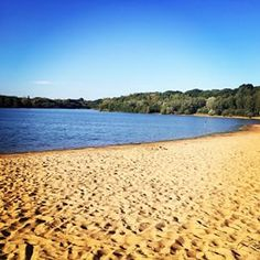 You can feel actual sand between your toes at Ruislip Lido. | 23 Things You Won't Believe You Can Do In London