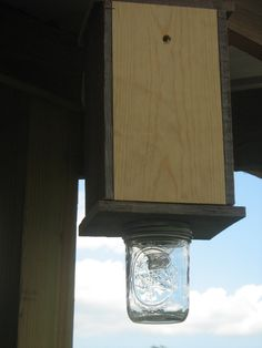 How To Build A Carpenter Bee Trap 12 Steps With Pictures ...