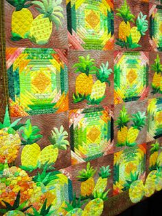 This luscious Pineapple quilt made me drool. My favorite fruit made with yo yos. and beaded, too! I want to join this club! Pineapple Quilt Pattern, Pineapple Quilt Block, Tropical Quilts, Hawaiian Quilts, Hawaiian Quilt Patterns, Quilt Inspiration, Colour Inspiration, Yo Yo Quilt, Summer Quilts