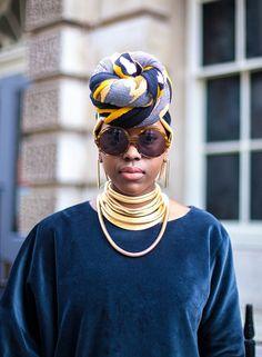 2015.03.06 Street Styles London Fashion Week- rockin that headwrap