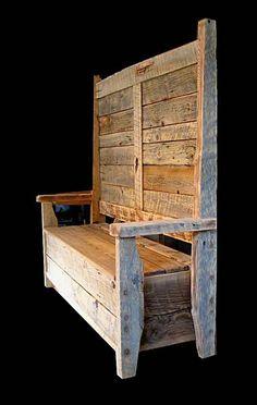 Pallet Storage Bench.  #pallets #furniture